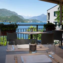 La cena romantica con meravigliosa vista lago al Ristorante Pizzeria Helvetia di Lezzeno.