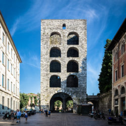 Porta Torre was erected in 1192 on the Southern side of the town. Its height is 40 metres.